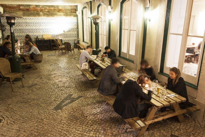 the Decadente restaurant Lissabon
