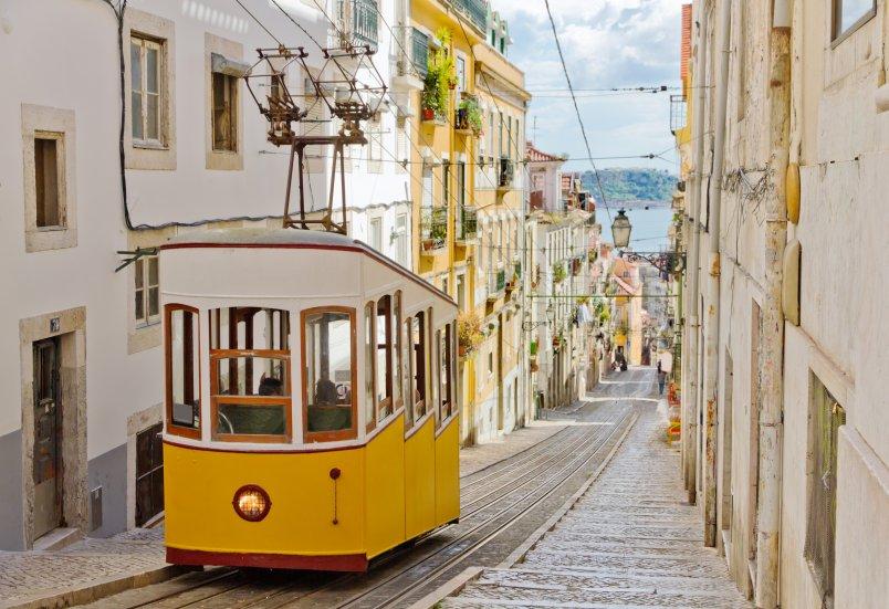 mooiste ritje van Portugal is met tram 28