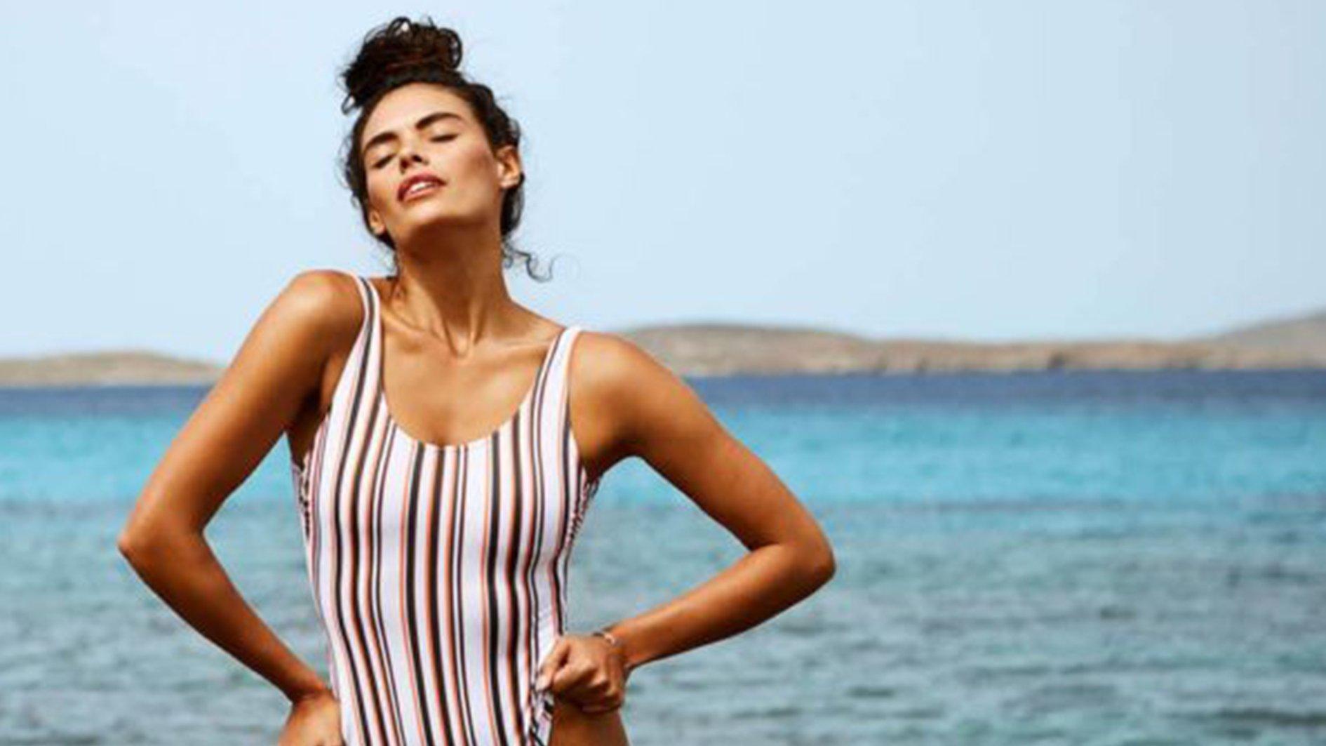 Simpel Badpak.Handig Deze Bikini S En Badpakken Passen Dus Bij Jouw Figuur C