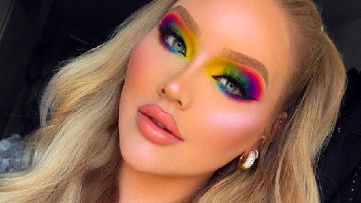 NikkieTutorials coming-out